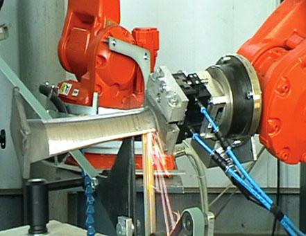Роботизированный комплекс по адаптивному шлифованию пера авиационной лопатки-2